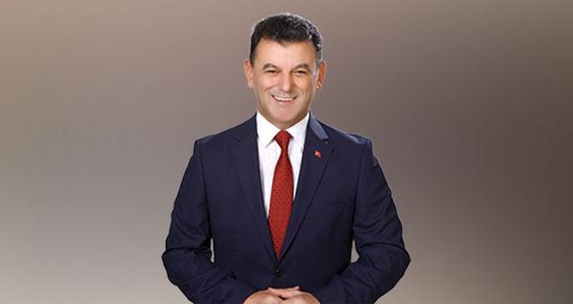 """""""BİZE SEVGİYLE YAŞAMAMIZI ÖĞRETENDİR ÖĞRETMEN"""""""