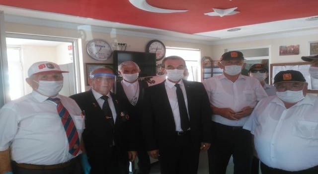 KAYMAKAM ABBAN'DAN GAZİLERE 'BABALAR GÜNÜ' ZİYARETİ