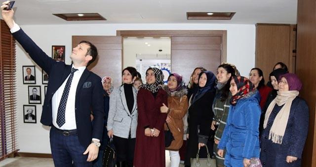 KIZILPINAR MAHALLE EVİ KURSİYERLERİNDEN AKAY'A ZİYARET