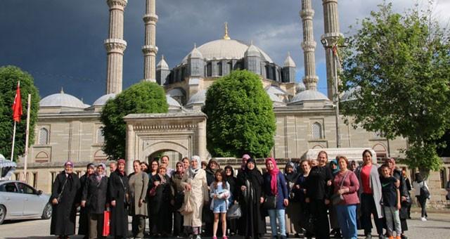ÇERKEZKÖY'DEN 873 VATANDAŞ SULTANAHMET VE SELİMİYE CAMİİ'Yİ ZİYARET ETTİ