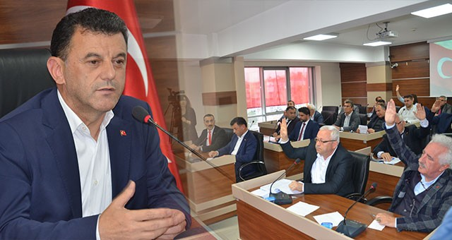 """""""BİZ YATIRIMLARI GETİRECEĞİZ, KAZANAN KAPAKLI HALKI OLACAK"""""""