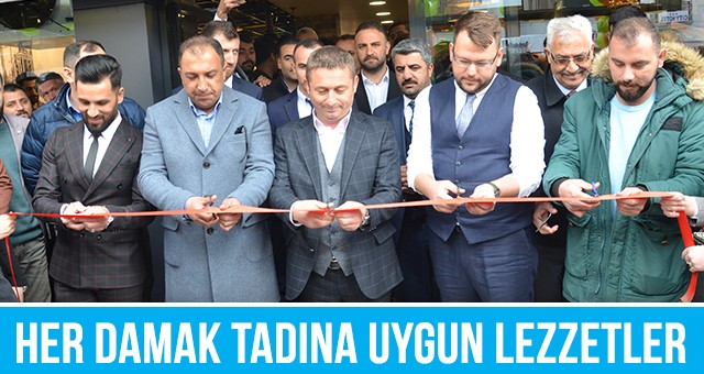 İNFİNİTY CAFE ATATÜRK CADDESİ'NDE AÇILDI