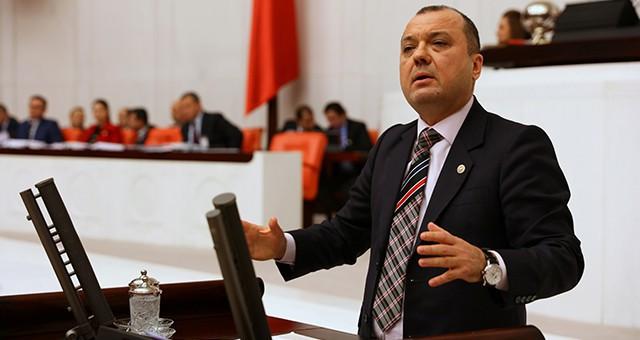 """AYGUN: """"ÇORLU TREN KAZASINDAKİ İHMALLERİ SIRALADIM, BAKAN TEK CÜMLE YANIT VEREMEDİ!"""""""